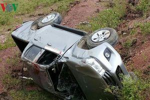Xe bán tải mất phanh, 4 người thương vong