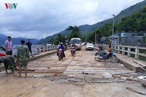 Sơn La thông xe qua cầu bản Cóc, nối 2 huyện Phù Yên - Mộc Châu
