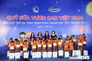 Vinamilk trao tặng 66.000 ly sữa cho trẻ em Vĩnh Phúc