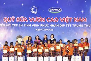 Vinamilk trao 66.000 ly sữa cho trẻ em tỉnh Vĩnh Phúc dịp Trung Thu