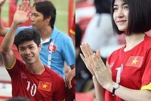 Hòa Minzy đi cổ vũ bóng đá và cuối cùng đã... xin lỗi bạn trai!