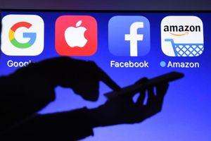 Sau Facebook và Google, đến lượt Amazon sợ hãi người phụ nữ này