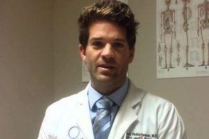 Mỹ: Bác sĩ nổi tiếng bị nghi cưỡng hiếp 'hơn 1.000 nạn nhân'