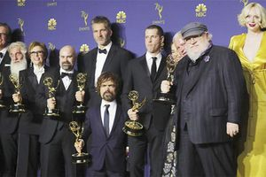 Game of Thrones chiến thắng tại Emmy 2018