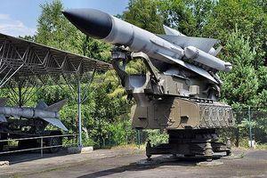 Nhìn gần hệ thống phòng không S-200 bắn rơi máy bay quân sự Nga