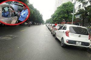 Hà Nội: Lộ diện 'ông chủ' chiếm lòng đường trông giữ xe trái phép