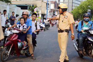 Tỷ lệ trẻ em đội mũ bảo hiểm khi tham gia giao thông chỉ 20 - 30%