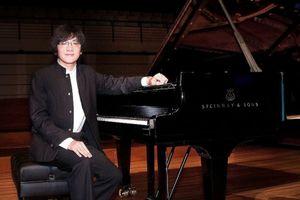 Nghệ sĩ piano Lưu Hồng Quang trở về Thủ đô sau 2 năm vắng bóng
