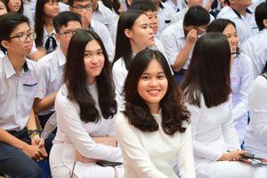 Bộ SGK riêng của TP.HCM không chỉ dùng cho học sinh thành phố