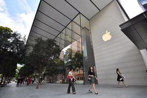 Một số người VN đến Singapore mua iPhone bị từ chối nhập cảnh
