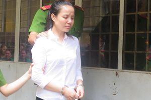 Án tử cho nữ Việt kiều giấu 4,5 kg ma túy trong tranh thêu