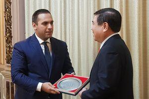 Bộ trưởng Bulgaria: Hàng Việt Nam tốt hơn hàng của 'người hàng xóm'