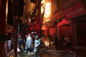 Từ vụ cháy 19 nhà trên đường La Thành, Hà Nội: Nỗi lo cháy, nổ ở những khu nhà trọ