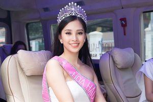 Tân Hoa hậu Tiểu Vy bị tắt tiếng vì lịch trình dày đặc sau đăng quang