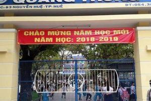 Huế: Học sinh tiểu học phải đóng cả phí 'trật tự cổng trường'