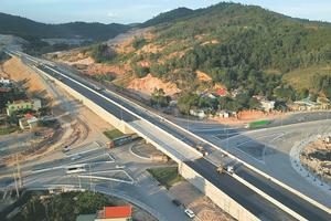 Thủ tướng phê duyệt chủ trương làm đường nối cao tốc Nội Bài - Lào Cai đến Sa Pa
