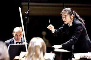 Dàn nhạc giao hưởng London biểu diễn tại phố đi bộ