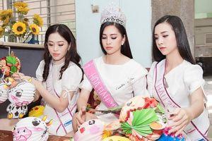 Hành trình nhân ái đầu tiên của Top 3 Hoa hậu Việt Nam 2018