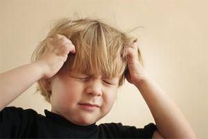 8 dấu hiệu viêm màng não ở trẻ cha mẹ cần biết