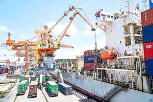 Thương mại Mỹ - Trung leo thang: Ứng phó tỷ giá phù hợp