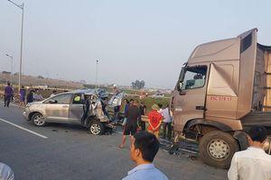 Lùi xe trên đường cao tốc gây tai nạn xử lý thế nào?