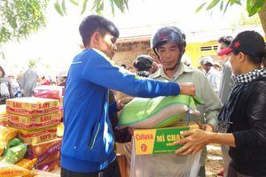 Đắk Lắk: Trao 500 suất quà cho người dân xã nghèo Ea Đắh