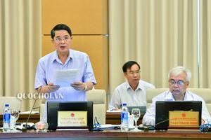 Ủy ban Thường vụ Quốc hội biểu quyết thông qua Nghị quyết về biểu thuế bảo vệ môi trường