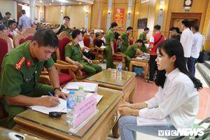 Nam thanh, nữ tú háo hức nhập học tại Học viện Cảnh sát nhân dân