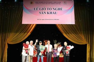 Các nghệ sỹ nổi tiếng phía Bắc hướng về Lễ giỗ tổ nghề Sân khấu Việt Nam
