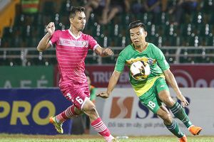 V-League đá trên bàn dễ hơn trên sân