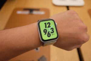 Cận cảnh Apple Watch Series 4 - màn hình lớn, viền cực mỏng