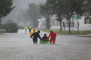 Biến đổi khí hậu – 'cái nôi' sản sinh những siêu bão chết chóc