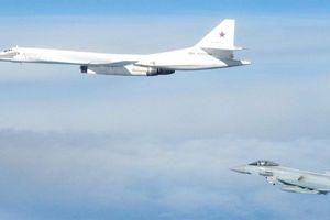Typhoon Anh chặn Tu-160 Nga: Vì phớt cảnh báo?