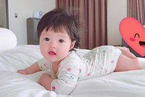Hoa hậu Thu Thảo lần đầu 'khoe' con gái