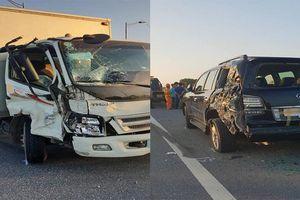 Tài xế xe tải đâm xe Lexus biển tứ quý 8 do giật mình khi nhìn thấy CSGT