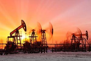 Giá dầu thế giới 21/9: Giá dầu WTI về lại mốc 70 USD/thùng