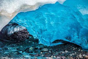 Động Mendenhall 3000 năm tuổi: Thủy cung băng độc nhất thế giới