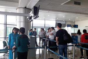 Chủ tịch tỉnh bức xúc vì bị hủy chuyến bay