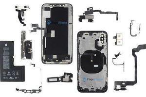 Mở máy iPhone XS: Pin chữ L, nhiều gioăng cao su, thiết kế gọn gàng