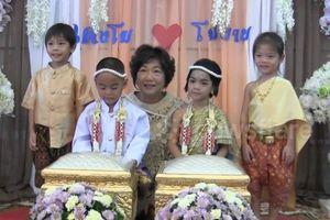 Cặp song sinh 5 tuổi tổ chức đám cưới vì được cho là người tình kiếp trước