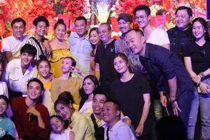 Nghệ sĩ Việt đến tham dự lễ giỗ Tổ ngành Sân khấu