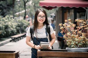 Đại sứ Ams Vũ Nam Trang Linh: Xinh đẹp, thành tích khủng, cực giỏi Toán và nữ công gia chánh 'siêu đỉnh'!