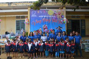 VNPT Quảng Ngãi trao quà trung thu cho trẻ vùng cao
