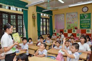 Sẽ khắc phục tình trạng học sinh viết vào sách giáo khoa