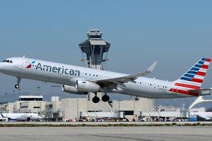 Nam sinh viên liều lĩnh vượt hàng rào an ninh, cướp máy bay ở Mỹ