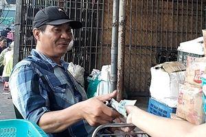Bảo kê tại chợ Long Biên: Chủ tịch Hà Nội yêu cầu Giám đốc Công an TP khẩn trương điều tra