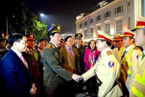 Nhớ mãi những lần đồng chí Trần Đại Quang về với cán bộ, chiến sỹ và nhân dân Thủ đô