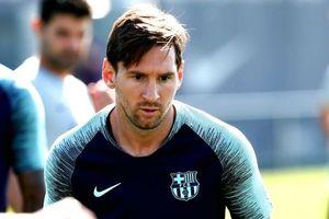 Messi cạo râu sau khi vượt Ronaldo ở Champions League