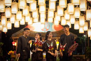 400 chiếc đèn lồng ở lễ hội tái hiện Trung thu ngày xưa