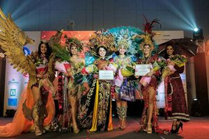 Thúy Vi vào Top 3 trang phục dân tộc tại 'Miss Asia Pacific International 2018'